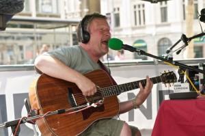2011-07-15 Glenn at BBC Radio London